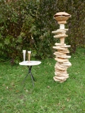 Zahradní lampa a stolek
